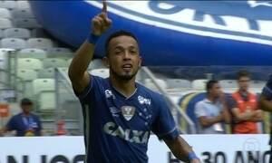 Cruzeiro vence o Villa Nova e segue invicto no Campeonato Mineiro