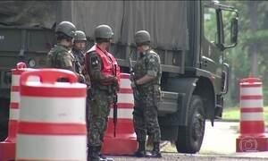 Forças Armadas e policiais fazem operação conjunta contra tráfico e roubo de cargas no Rio de Janeiro