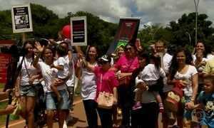 Caminhada chama atenção para inclusão de pessoas com síndrome de Down