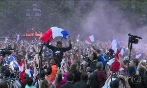 Prefeitura de Paris libera esplanada para torcedores festejarem