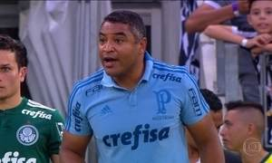 Palmeiras demite técnico Roger Machado após derrota para o Fluminense