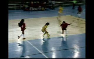 Finais do futsal masculino e femininos em Linhares