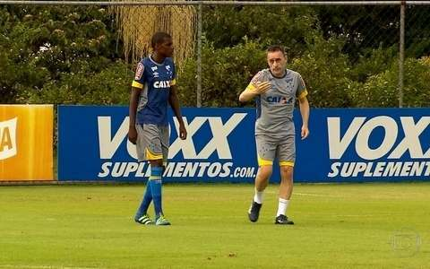 Cruzeiro tenta, nesta 4ª feira, a primeira vitória no Brasileiro