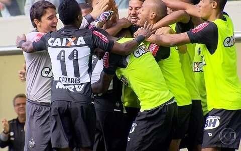 Pela primeira vez no ano,  Galo vence o América-MG ((Foto: Bruno Cantini / Atlético-MG))