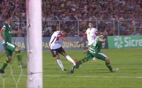 Paulista vence por 1 a 0, avança à semi da Copinha e elimina Chapecoense
