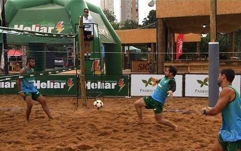 Torneio de futevôlei no fim de semana reúne cerca de 60 duplas em Goiânia