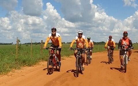 Ciclistas se reúnem há mais de três anos para pedalar no Oeste Paulista