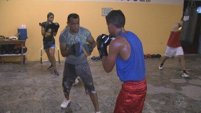 Ex-pugilista ajuda a lapidar novos talentos na nobre arte, em Roraima