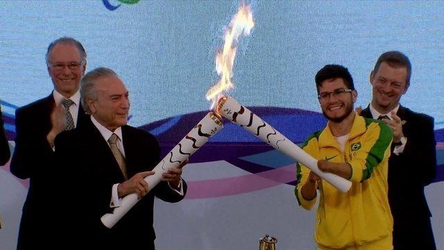 Tocha Paralímpica vai passar por mais  cinco cidades antes de chegar ao Rio