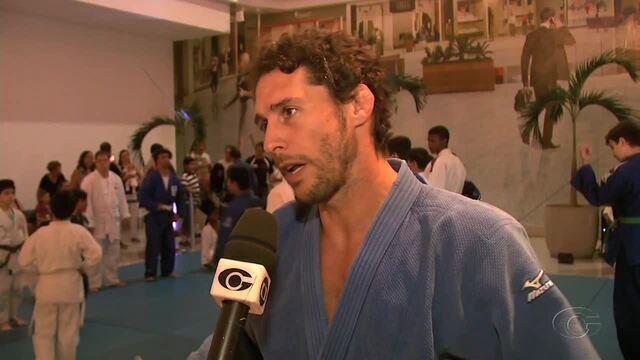 Evento reúne medalhistas olímpico  e paralímpico em Maceió