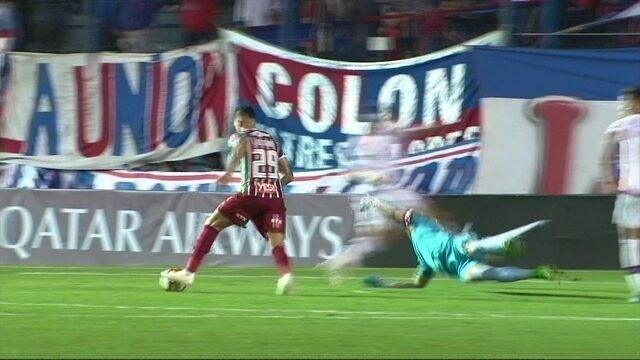Melhores momentos de Nacional-URU 0 x 1 Fluminense pelas quartas da Copa Sul-Americana