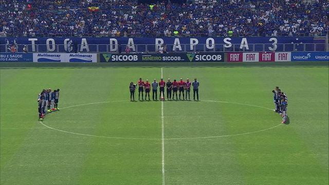 Cruzeiro e Atlético-MG fazem um minuto de silêncio em homenagem às vítimas de Brumadinho