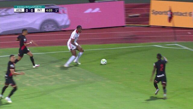 Melhores momentos: Atlético-GO 1 x 2 Internacional pelo jogo de ida das oitavas de final da Copa do Brasil