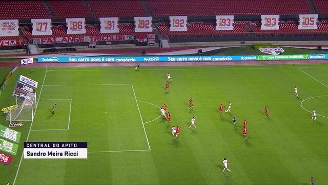 """Na Central do Apito, Sandro Meira Ricci comenta segundo gol do São Paulo e impedimento: """"Faz falta o VAR"""""""