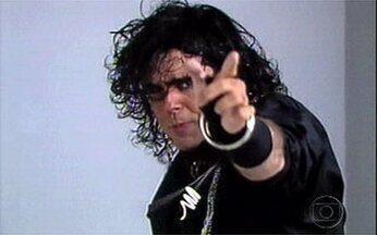 Vale a Pena Rir de Novo com Michael Jackson do TV Pirata - Guilherme Karan interpretou o ator no humorístico.