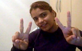 Vídeo de inscrição de Carina Costa no Espelho Mágico - Estudante tingiu os cabelos de preto e cortou franja como a da atriz Vanessa Giácomo que interpreta Rosinha em Paraíso