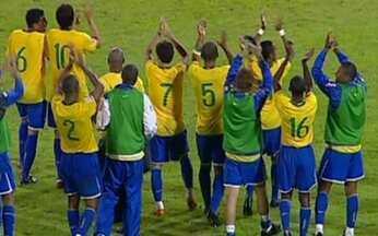 Brasil vence a seleção e a estratégia argentina nas Eliminatórias - Maradona `monta` palco para `hermanos` ganharem da seleção brasileira, mas time não se intimida e vence por 3 a 1.