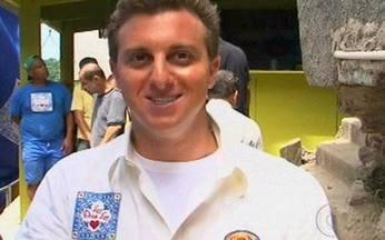 Vídeo Show mostra os bastidores do Lar Doce Lar - Luciano Huck reformou uma casa no morro Dona Marta, no Rio.