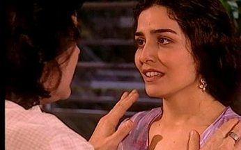 Latiffa cobra empregada de Mohamed - Ela se enrola na cozinha e Mohamed sai escondido para comprar carneiro para o tio Ali.
