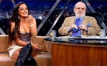 Modelo e apresentadora paraguaia Larissa Riquelme fala da fama - Ela ficou famosa ao aparecer numa foto entre a torcida paraguaia durante a última Copa do Mundo