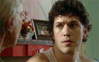Malhação - Programa de quinta-feira, 01/09/2011, na íntegra - Gabriel admite que teme ter um tumor no cérebro