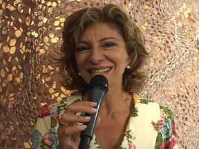 Marília Pêra apresenta Maruschka, sua personagem em Aquele Beijo - Atriz aproveita para mostrar a Comprare, megaloja de luxo que pertence à sua personagem