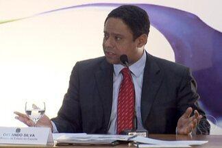 PC do B se reúne com Dilma para discutir substituição de Orlando Silva - Ex-ministro do Esporte oficializou saída 12 dias depois que surgiram as primeiras denúncias de irregularidades. Até que seja definido nome do novo ministro, assume interinamente o secretário-executivo, Valdemar de Souza.
