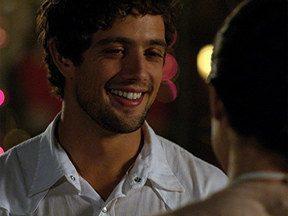 A vida da gente - capítulo de terça-feira, dia 15/11/2011, na íntegra - Rodrigo pede Manuela em casamento