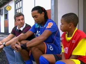 Menino Macalé realiza sonho e é selecionado no Flamengo - Hoje, o garoto é atleta do clube rubro-negro e segue indo bem nos estudos