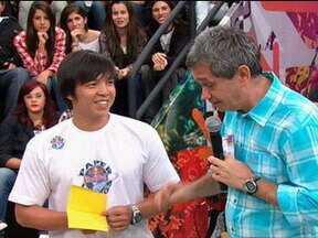 Leonard Ang fala sobre o campeonato mundial de avião de papel - Brasileiro comenta como conquistou o título na categoria tempo de voo