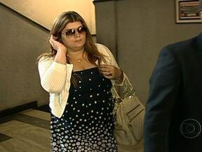 Polícia Federal ouve suspeitos de fraudar licitação em hospital público - A funcionária da empresa Rufollo, Renata Cavas, prestou depoimento por uma hora e meia. Da Locanty, apenas o dono apareceu para depor.