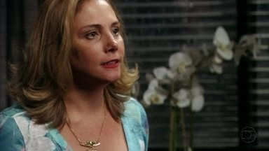 Avenida Brasil - Capítulo de quinta-feira, dia 29/03/2012, na íntegra - Monalisa descobre que Tufão dormiu com Carminha