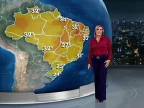 Seca que castiga o interior da Bahia vai continuar - Entre o Norte paulista a Sergipe, o céu fica aberto o dia todo. Em grande parte de São Paulo e do Rio de Janeiro, o sol brilha com força pela manhã mas pode haver temporais. No Sul, as temperaturas cairão.
