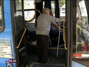 Desrespeito aos idosos: saiba fazer valer os seus direitos - Mais Você dá dicas de como reclamar os direitos dos idosos nos transportes públicos