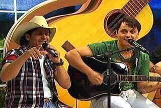 Gilson e Júnior animam o programa com seus maiores sucessos - Gilson e Júnior animam o programa com seus maiores sucessos