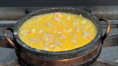 Conheça a surpreendente feijoada de pintado e camarão - Um prato muito conhecido dos brasileiros e, é claro, dos cuiabanos, vem fazendo sucesso, é a feijoada de pintado e camarão.