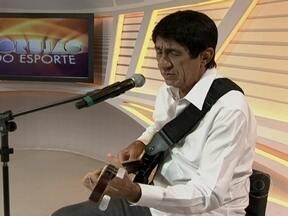 Raimundo Fagner é a atração musical do Corujão do Esporte - Música Borbulhas de amor foi a abertura do programa.