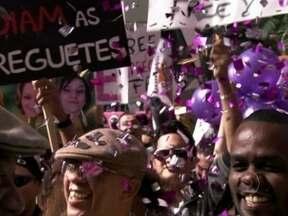Vídeo Show abraça a causa 'Empreguetes Livre' e registra gravações de 'Cheias' - Prisão de Penha, Rosário e Cida mobilizou a novela