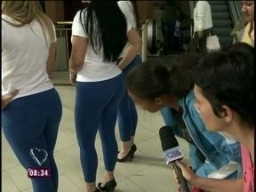 Repórter vai às ruas para saber se os brasileiros reconhecem um bumbum natural - Nadia Bochi entrevista mulheres e homens de São Paulo