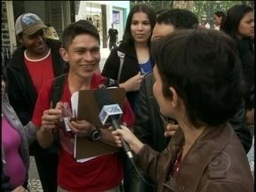 Nadia Bochi teste culinária do dia em ruas de São Paulo - A repórter Nadia Bochi testou a culinária desta sexta no Mais Você nas ruas do Projac.