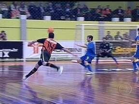 Carlos Barbosa goleia o Boca Juniors por 4 a 1 pelo Mundial de Clubes de Futsal - Time da casa domina a partida e vence a equipe argentina.