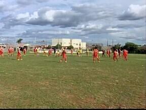 Uberaba apresenta juniores como base para disputar Taça Minas - Novo técnico do Colorado, Maurílio Passini, será apresentado na segunda-feira