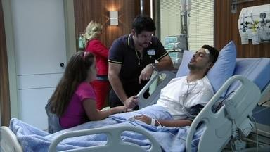 Tufão decide conhecer Rita - No hospital, Jorginho chama pela namorada de infância e deixa sua família intrigada. Enquanto isso, Nina sofre pensando no amado