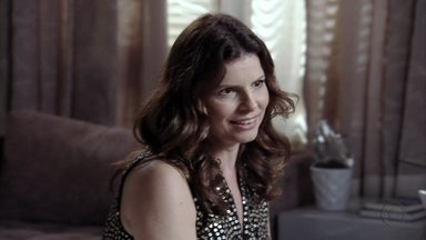 Verônica e Débora conversam sobre Cadinho - A ex do malandro fala que vai se encontrar com ele