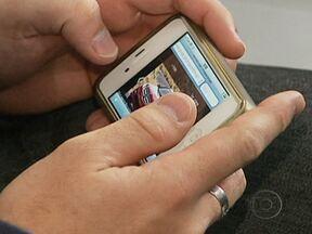 Aprenda a evitar dores nos dedos ao usar o celular - O tempo e o jeito que o celular é usado podem causar inflamação nas mãos e nos braços. E os médicos indicam dicas simples que podem ajudar a amenizar o problema.