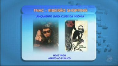 Cantor da banda Detonautas lança livro em Ribeirão Preto - Livro é o primeiro de Tico Santa Cruz.