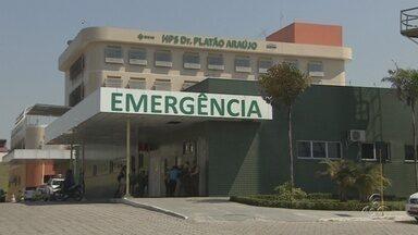 Coronel da PM baleado durante tentativa de assalto continua internado, em Manaus - Três suspeitos teriam assaltado uma padaria no último sábado (4), onde o coronel estava com a família. Eles levaram a carteira e tentaram roubar o carro do PM. Ele levou três tiros segue internado em estado grave.