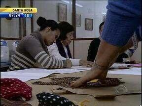 Costureira desenvolve oficina de confecção de roupas para animais - Brasil tem o segundo mercado pet do mundo.