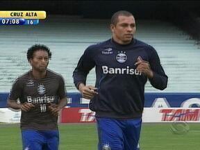 Grêmio enfrenta a Ponte Preta em Campinas, SP, pelo Brasileiro - Jogo será disputado na noite desta quinta-feira.