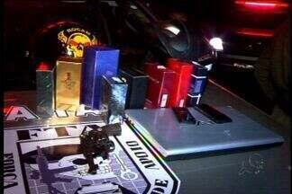 Polícia prende suspeito de assaltar comerciantes do Centro de Juazeiro do Norte - Foram presos também dois acusados de receptação das mercadorias.